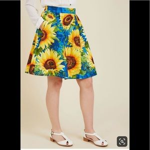 Retrolicious Sunflower Skirt
